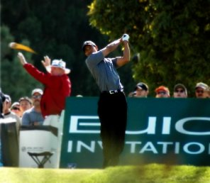 Tiger Woods Exploding Golf Ball Swing