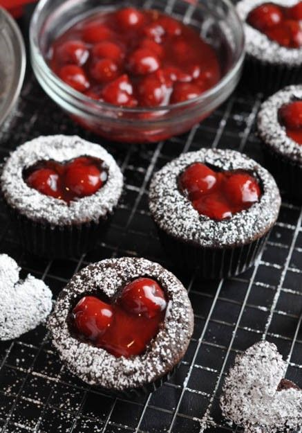 Cherry Cordial Valentine's Day Cupcakes, 2014 Lovers Day Cupcakes