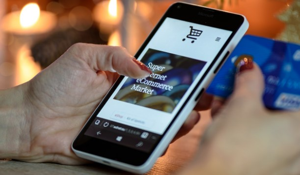 8 Tips To Help You Optimize Your Ecommerce Website for Mobile Devices